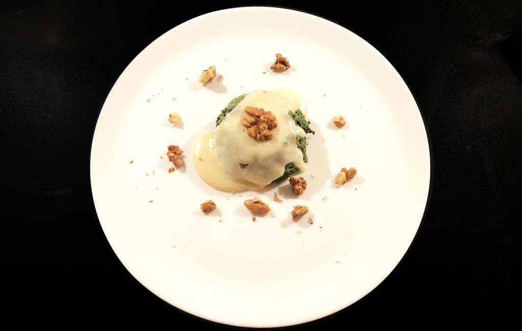 Flan di spinaci con crema di Asiago